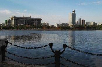 南湖人民广场 景点详情