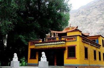 巴仑台黄庙 景点图片