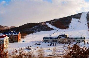 扎兰屯金龙山滑雪场 景点详情