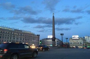亚历山大纪念柱 景点详情