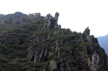 危关石碉 景点图片