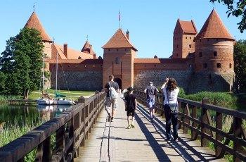 特拉凯城堡 景点图片