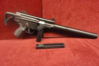卢萨A2冲锋枪